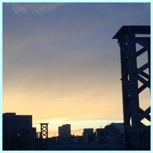 IMG 0115 300x300 - 夕焼けに虹🌈