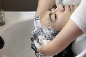 IMG 0152 300x200 - 施術時間は、たったの20分! 美容室で出来る最高峰の育毛メニュー(Dr.スカルプ)